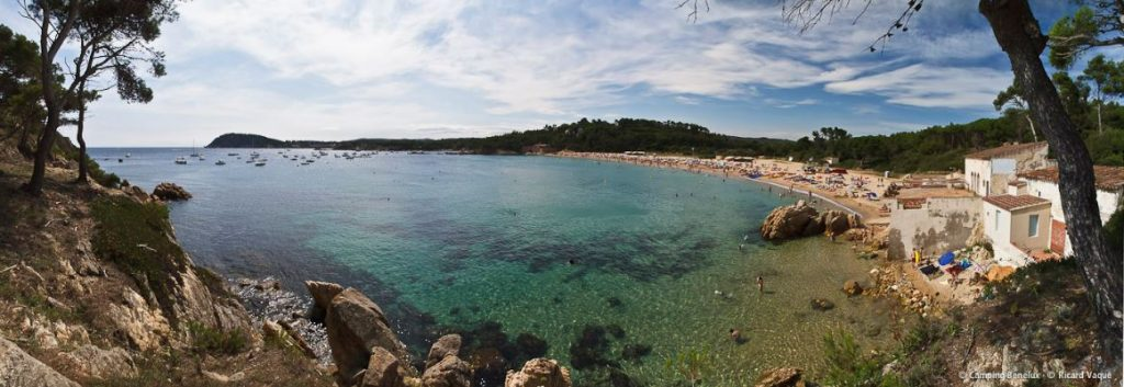 Beach, sun, sea and coves Costa Brava